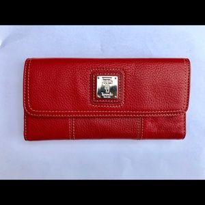Tignanello Genuine leather wallet 🍁fall colors